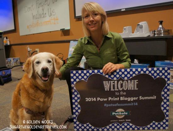 Robin MacFarlane PetSafe Blogger Summit