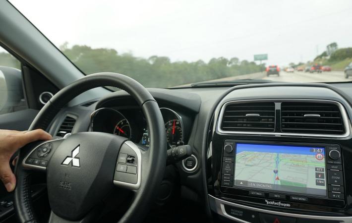 dashboard Mitsubishi Outlander