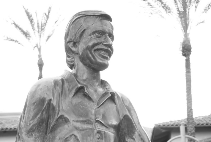 sonny bono sculpture at palm springs